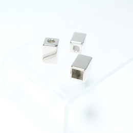 Aglets - Cubic style - Thumbnail