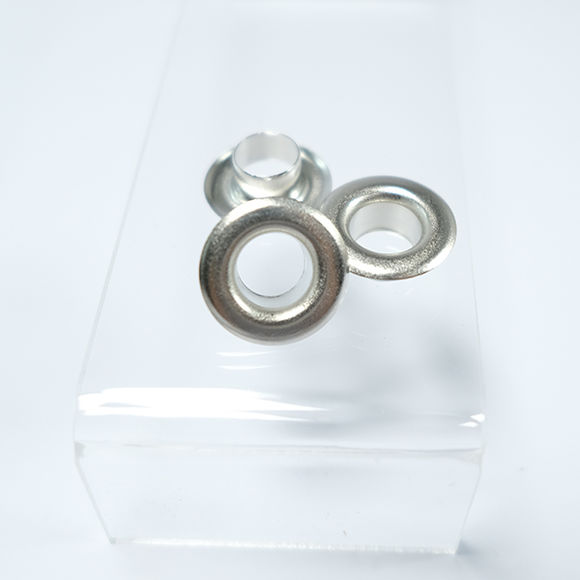 Big eyelets for tents and curtains - 40 mm