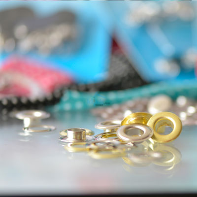 Mixed metallic color eyelet packs (without application tool)