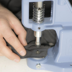 Snap fastener attachment tools for simple hand press and press machines - Thumbnail